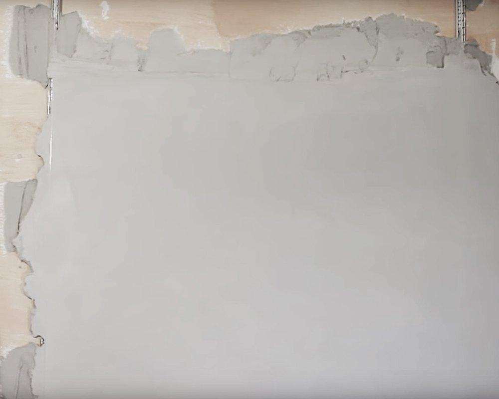 Выравнивание стен гипсовой штукатурой