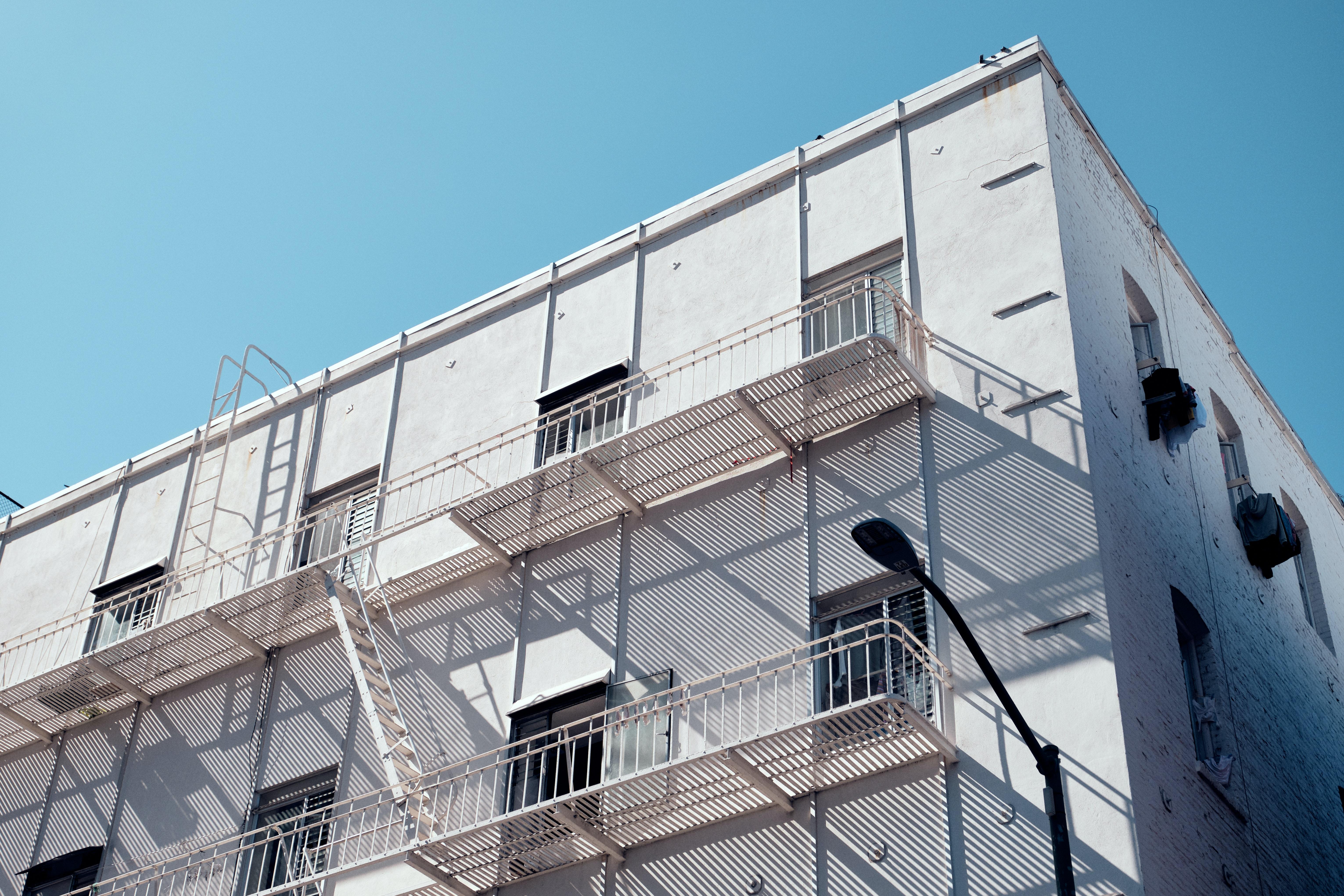 8 вариантов для отделки фасада частного дома