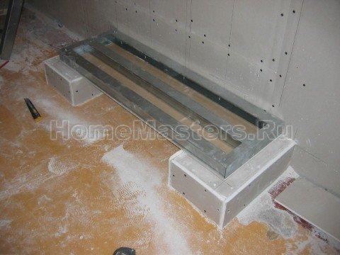 003 Смонтированная панель крепится на основу и обшивается со второй стороны ГКЛ