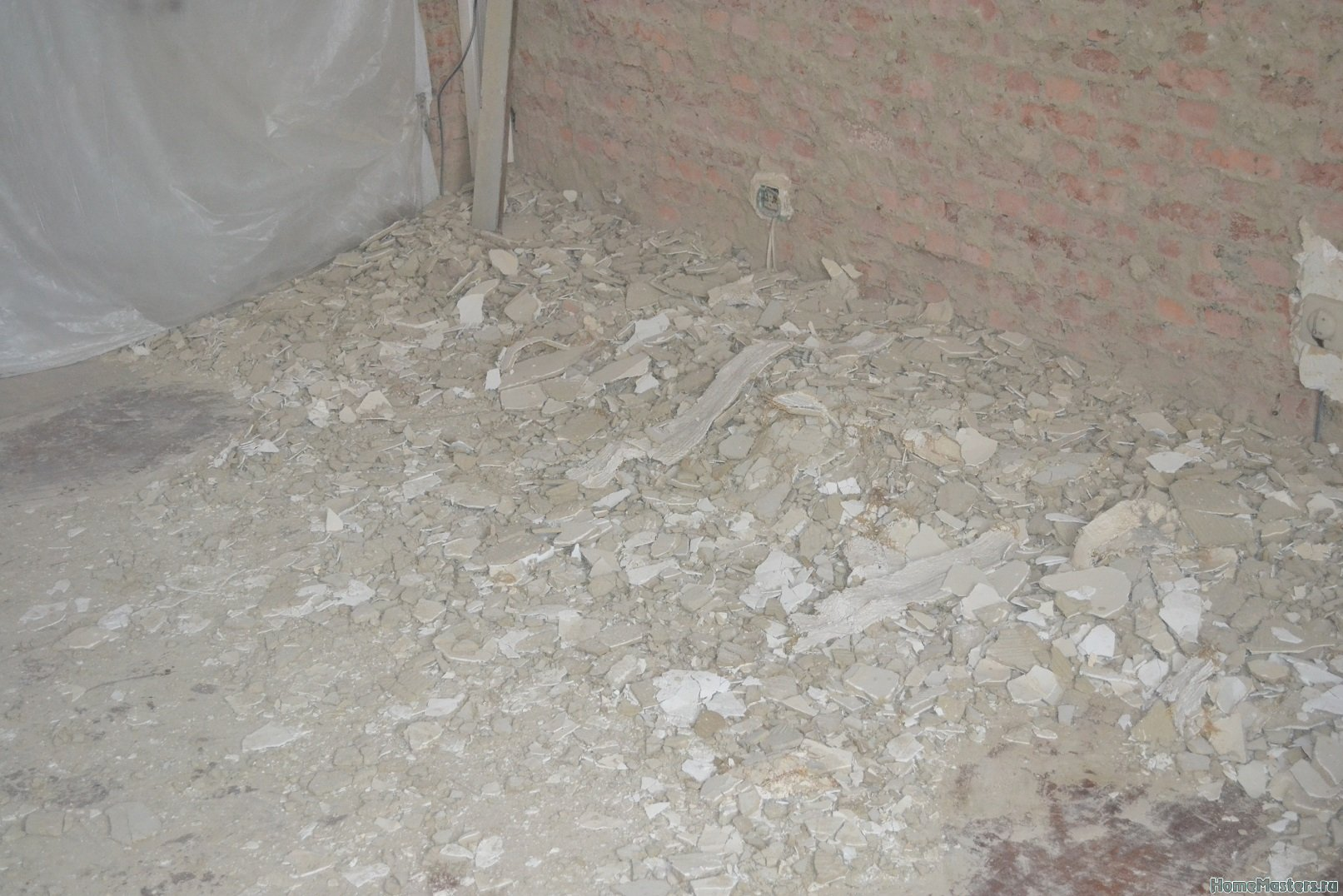 Ремонт спальни  1. Стены, пол, электрика. 016
