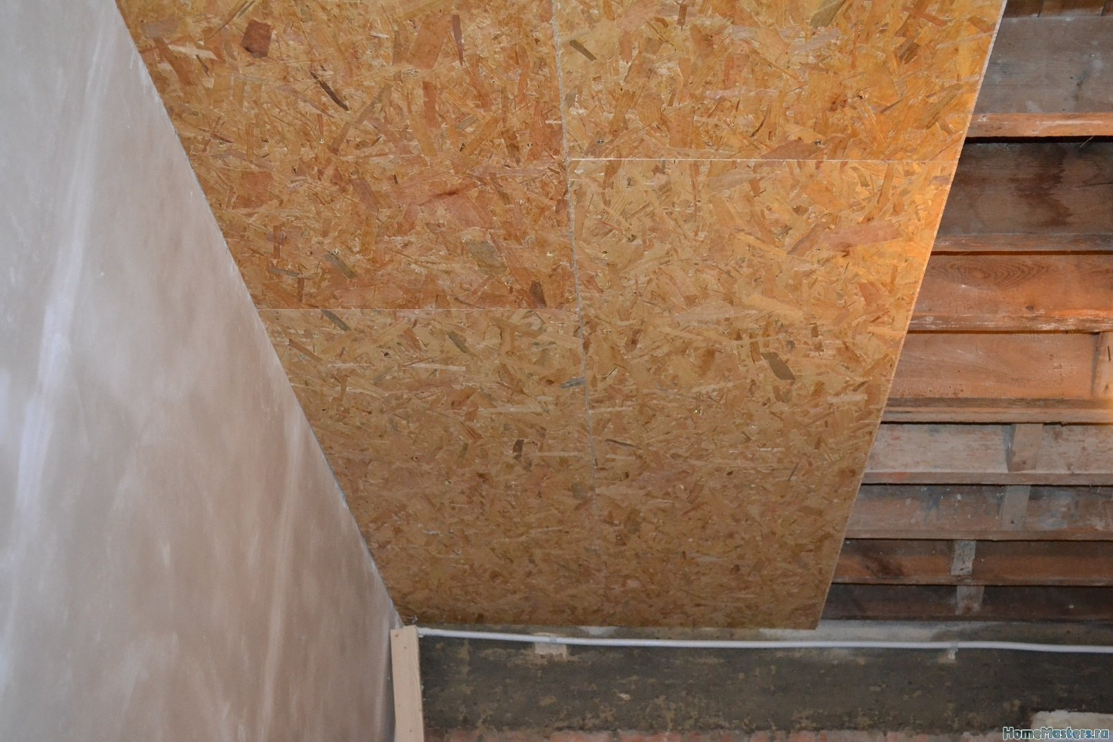 Ремонт спальни 1. Потолок 006