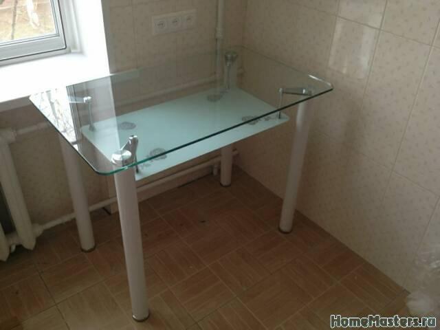 Стеклянный стол Розали белый