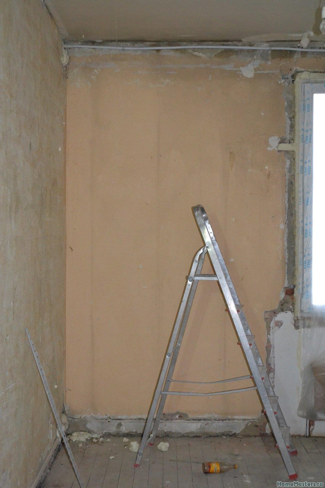Ремонт спальни  1. Стены, пол, электрика. 006