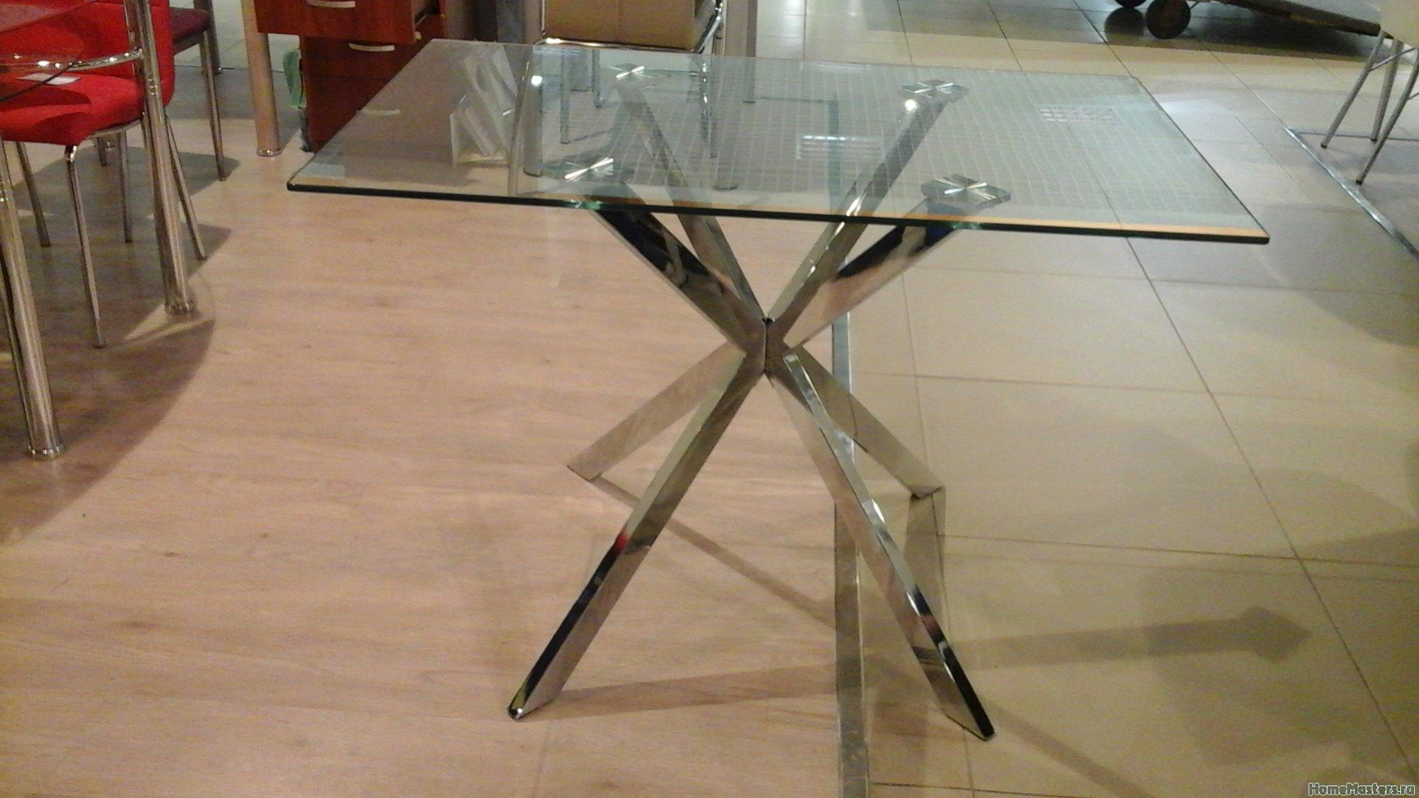 Стеклянный стол Этюд