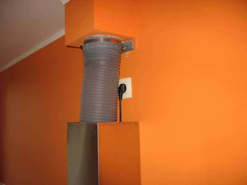 Ремонт кухни. Стены, пол, электрика. 067