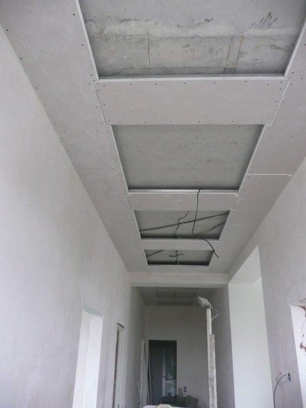 потолок коридор004