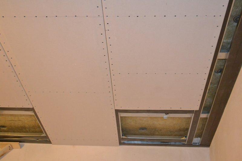 Ремонт спальни 1. Потолок 039