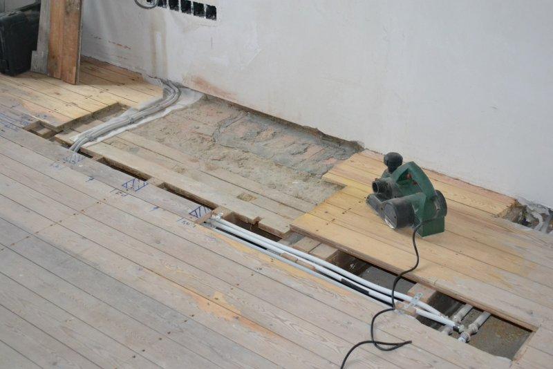 Ремонт спальни  1. Стены, пол, электрика. 031