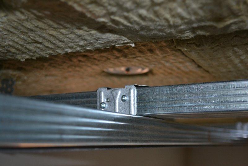 Ремонт спальни 1. Потолок 028