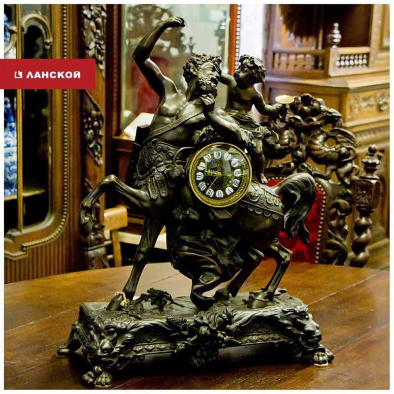 фото антикварной статуэтки в ТК Ланской