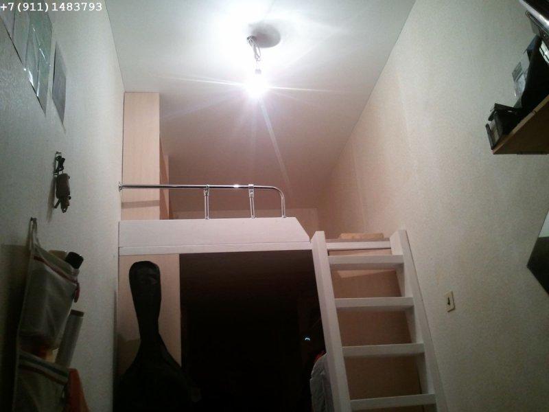 второй ярус в комнате 1,51 х 5,35 м с потолком 3,0м