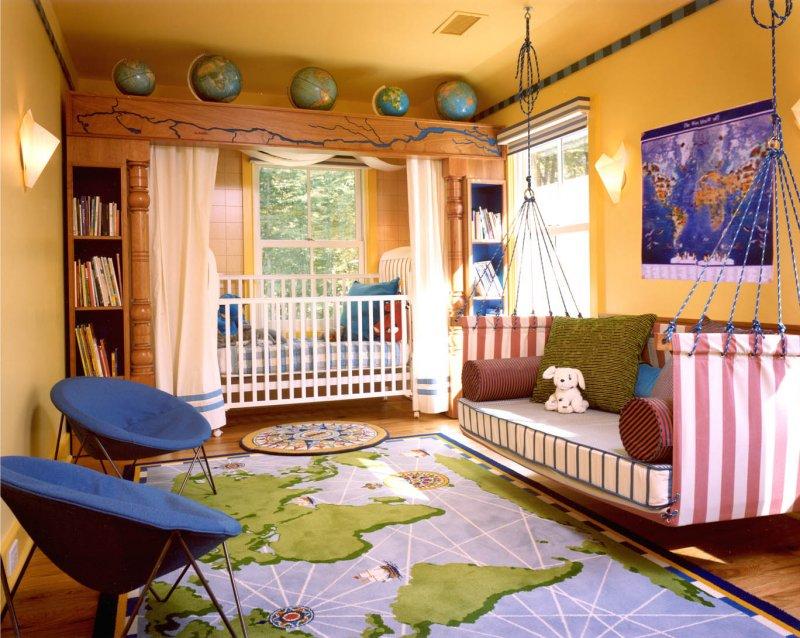 Комната юного путешественника