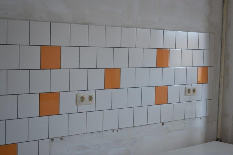 Ремонт кухни. Стены, пол, электрика. 050с