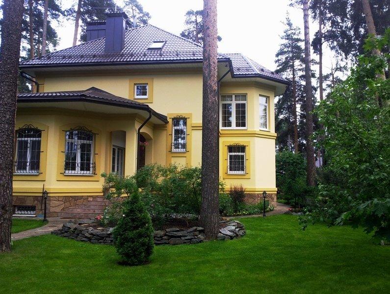 Дом вход