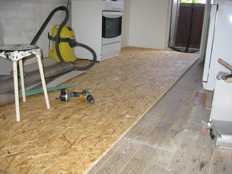 Ремонт кухни. Стены, пол, электрика. 051