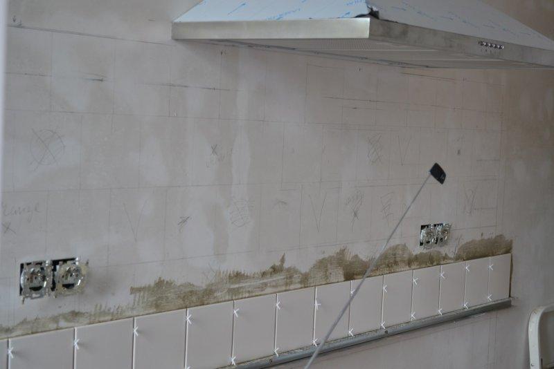 Ремонт кухни. Стены, пол, электрика. 048