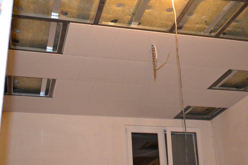 Ремонт спальни 1. Потолок 037
