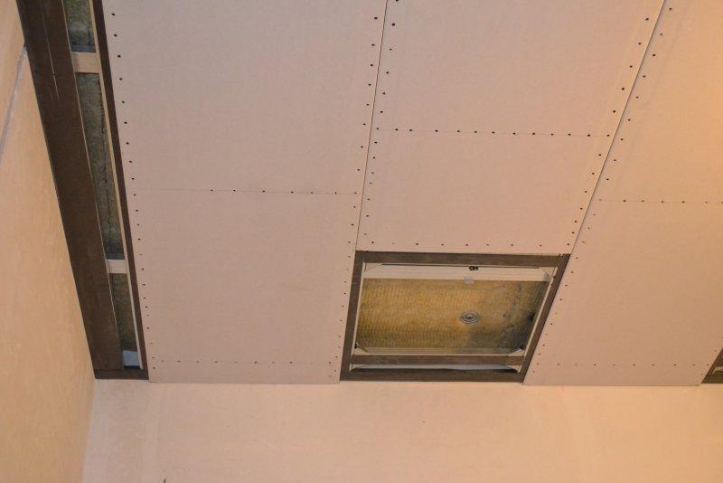 Ремонт спальни 1. Потолок 044