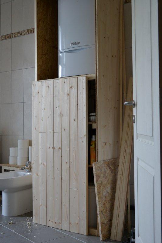 Шкаф в ванной комнате. 004