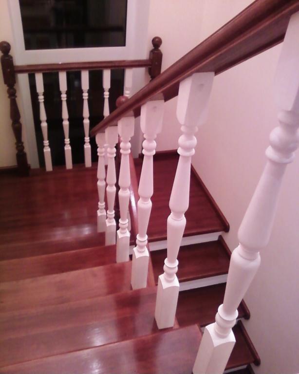 Лестница поворотная с площадкой