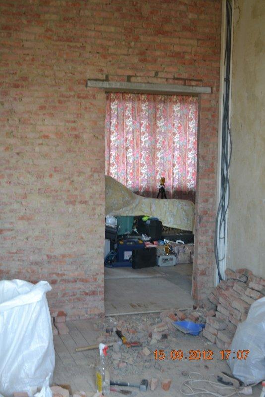 Ремонт спальни  1. Стены, пол, электрика. 011