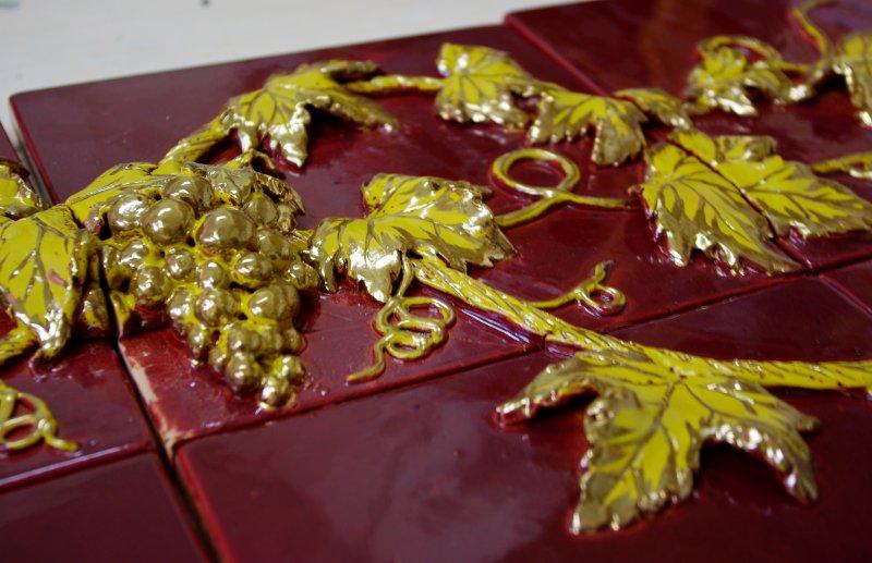 Изразцы с золотом