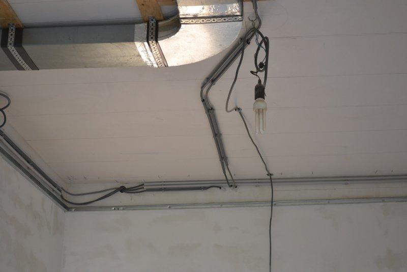 Ремонт кухни. Стены, пол, электрика. 037