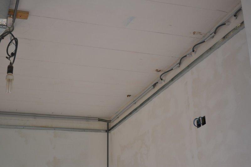 Ремонт кухни. Стены, пол, электрика. 036