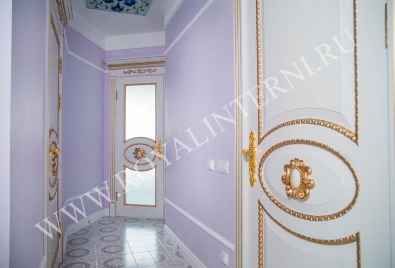 Глория в интерьере белая межкомнатная дверь