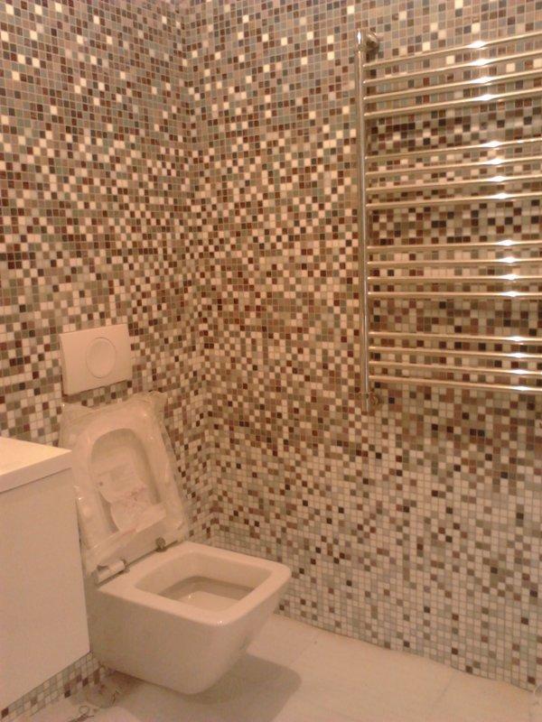 Туалет с ванной.