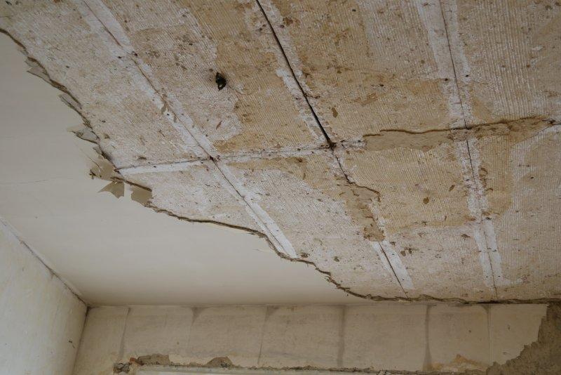 Ремонт в спальне 2. Потолок 001