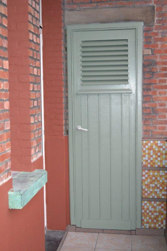 Ремонт балкона. Пол и стены. 044