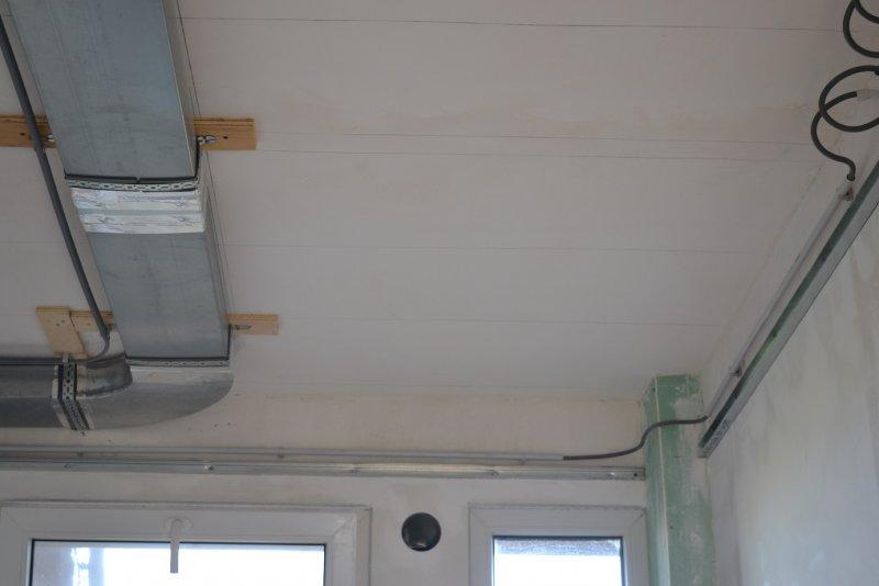 Ремонт кухни. Стены, пол, электрика. 035