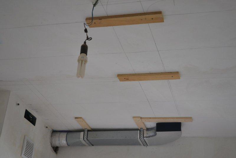 вентиляция для кухонной вытяжки 028