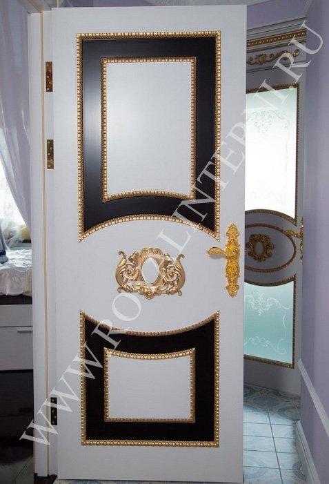 Белая дверь в стиле ардеко