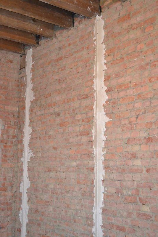 Ремонт спальни  1. Стены, пол, электрика. 021