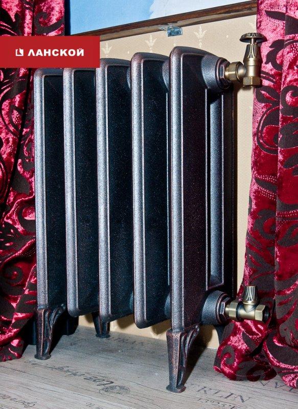 радиатор в старинном стиле в ТК Ланской
