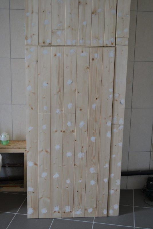 Шкаф в ванной комнате. 011