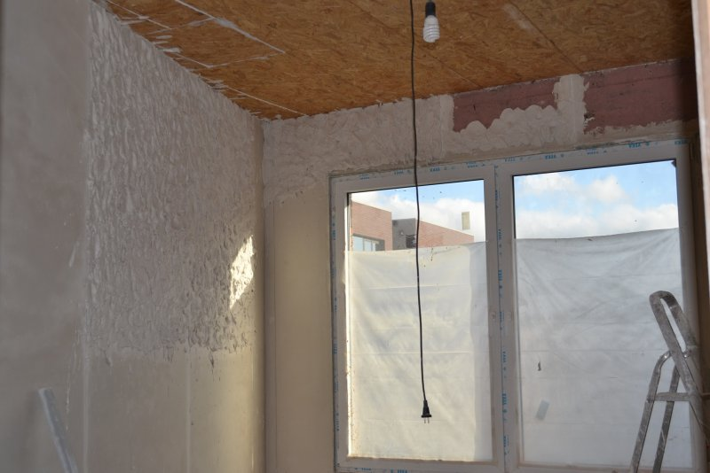 Ремонт спальни 2. Пол и стены. 015