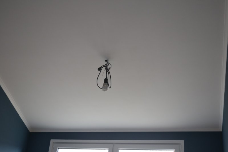 Ремонт в спальне 2. Потолок 035