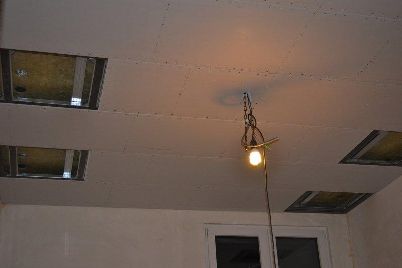Ремонт спальни 1. Потолок 042