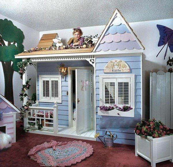 Детский домик в детской