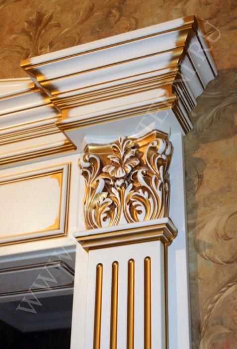 Декор двери золото с патиной
