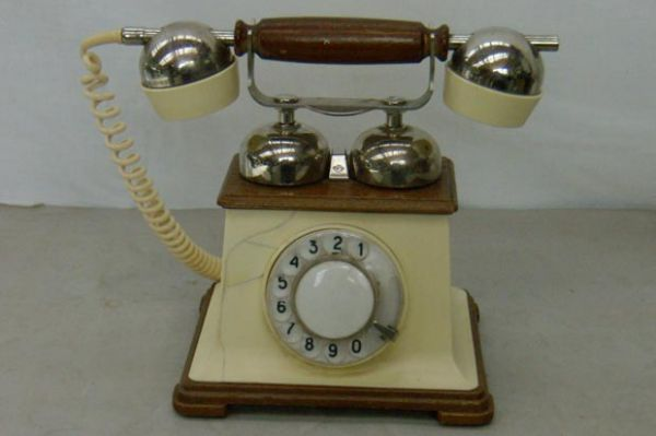 dragocennye-metally-v-telefonnom-apparate-retro-ta-1173 - Размер 25,74К, Загружен: 0