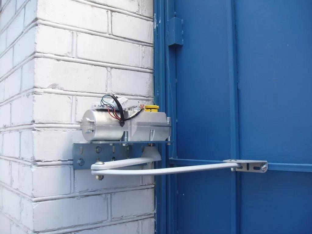 Механизмы для распашных автоматических ворот своими руками