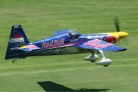 Zivko_Edge_540_at_Red_Bull_Air_Race_on_Langley_Park_Monty-1 - Размер 373,41К, Загружен: 14
