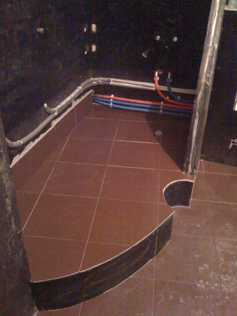 Установка акриловой ванны в ограниченном прост-во с 3 сторон