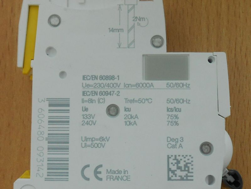 Автоматический выключатель 7 - Размер 202,54К, Загружен: 0
