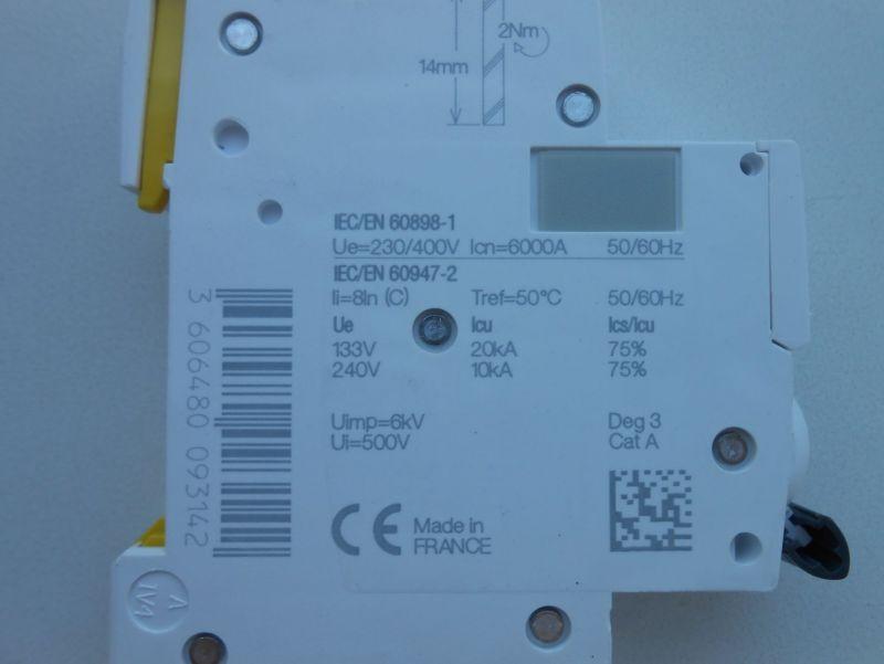 Автоматический выключатель 4 - Размер 142,5К, Загружен: 0