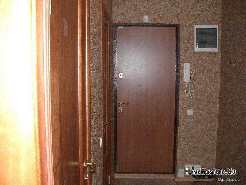 vhodnaya-metallicheskaya-dver.jpg
